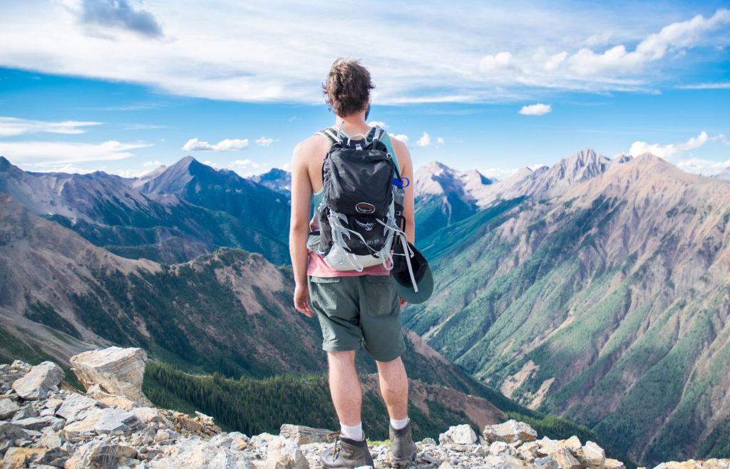 Wie du in 4 Schritten ein eigenes ETF-Portfolio aufbaust